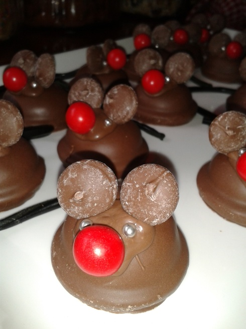 Mallowpuff mice for the birthday party :)